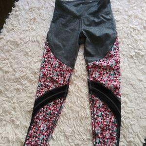 Girl's Gap Fit Legging size medium